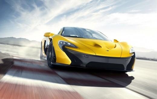 2013 McLaren P1 review - less than 17 sec to 300 km/h