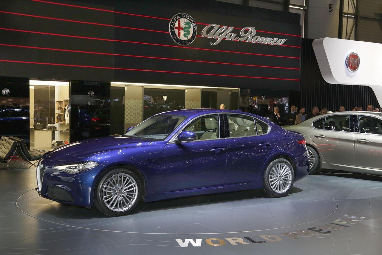 Alfa Romeo Giulietta Review  Auto Express