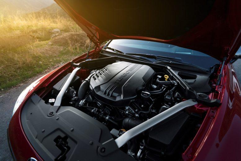 2018 Kia Stinger engines petrol diesel