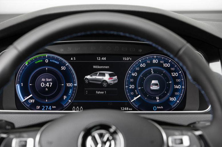 2017 Volkswagen e-Golf digital dashboard